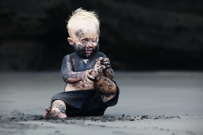 Kind _schmutzig